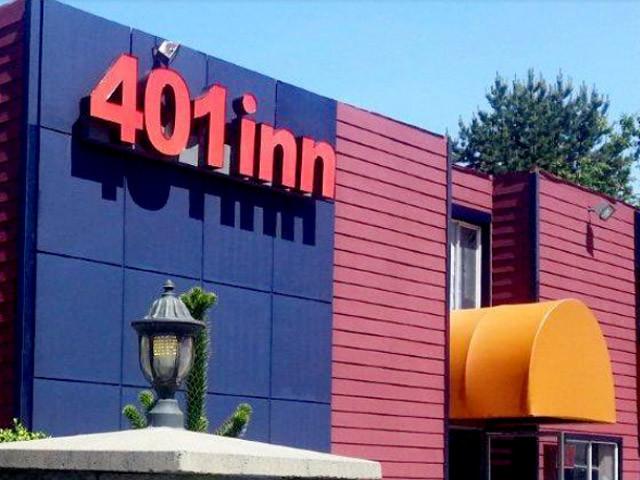 The New 401 Inn Burnaby Exterior