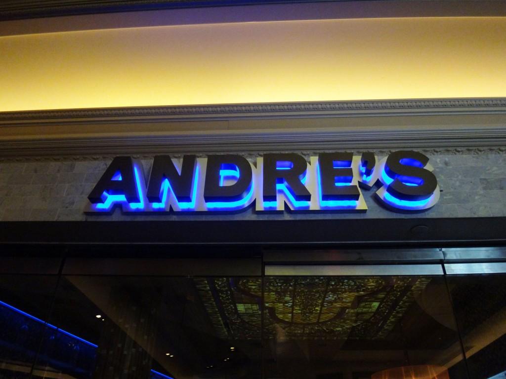 Andre's Restaurant & Lounge
